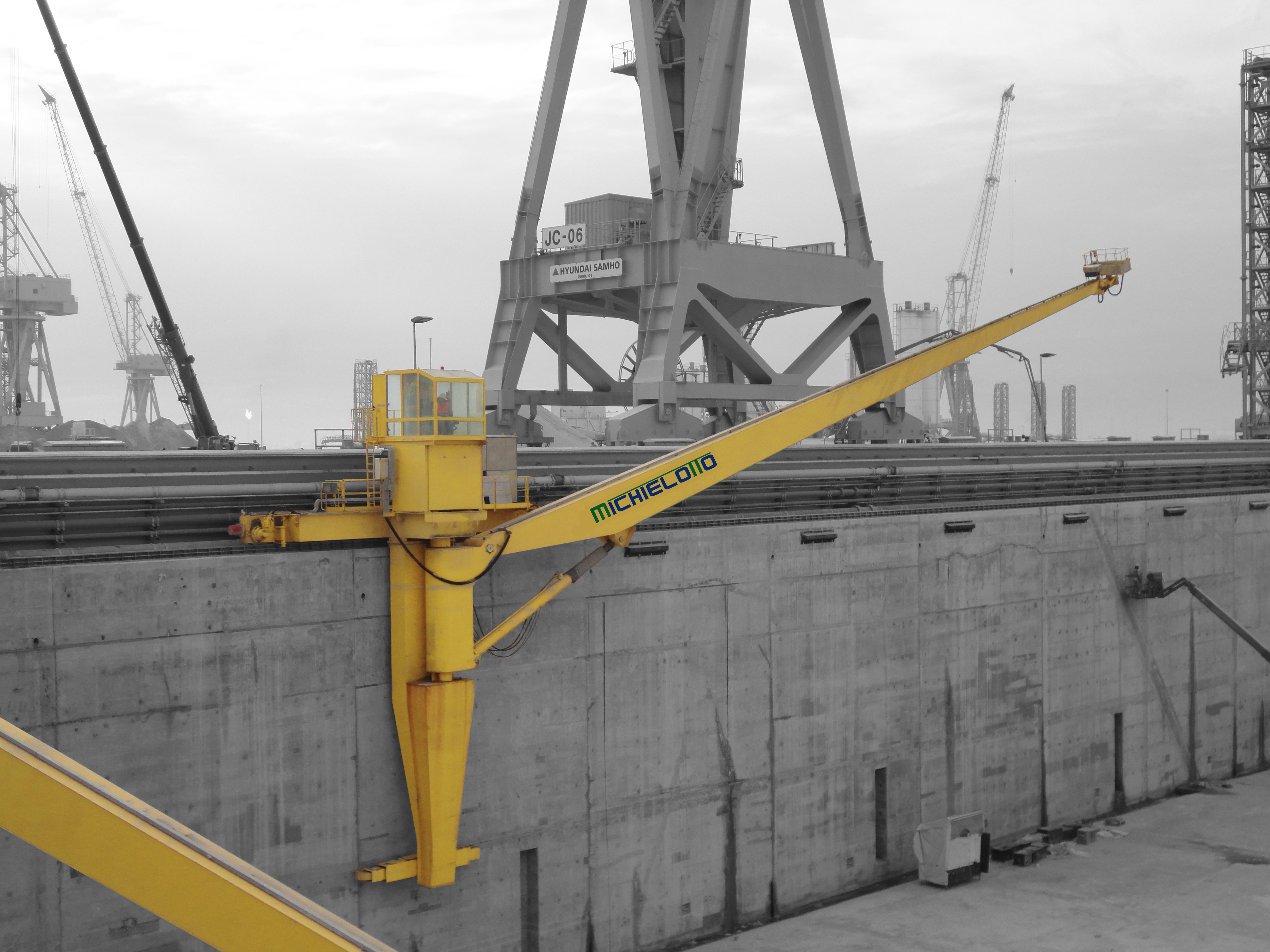 Construction Lift Arm : Solutions for lifting systems design construction and